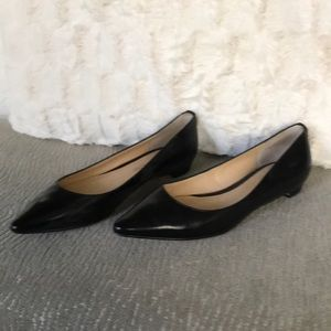 Ivanka Trump black leather flats